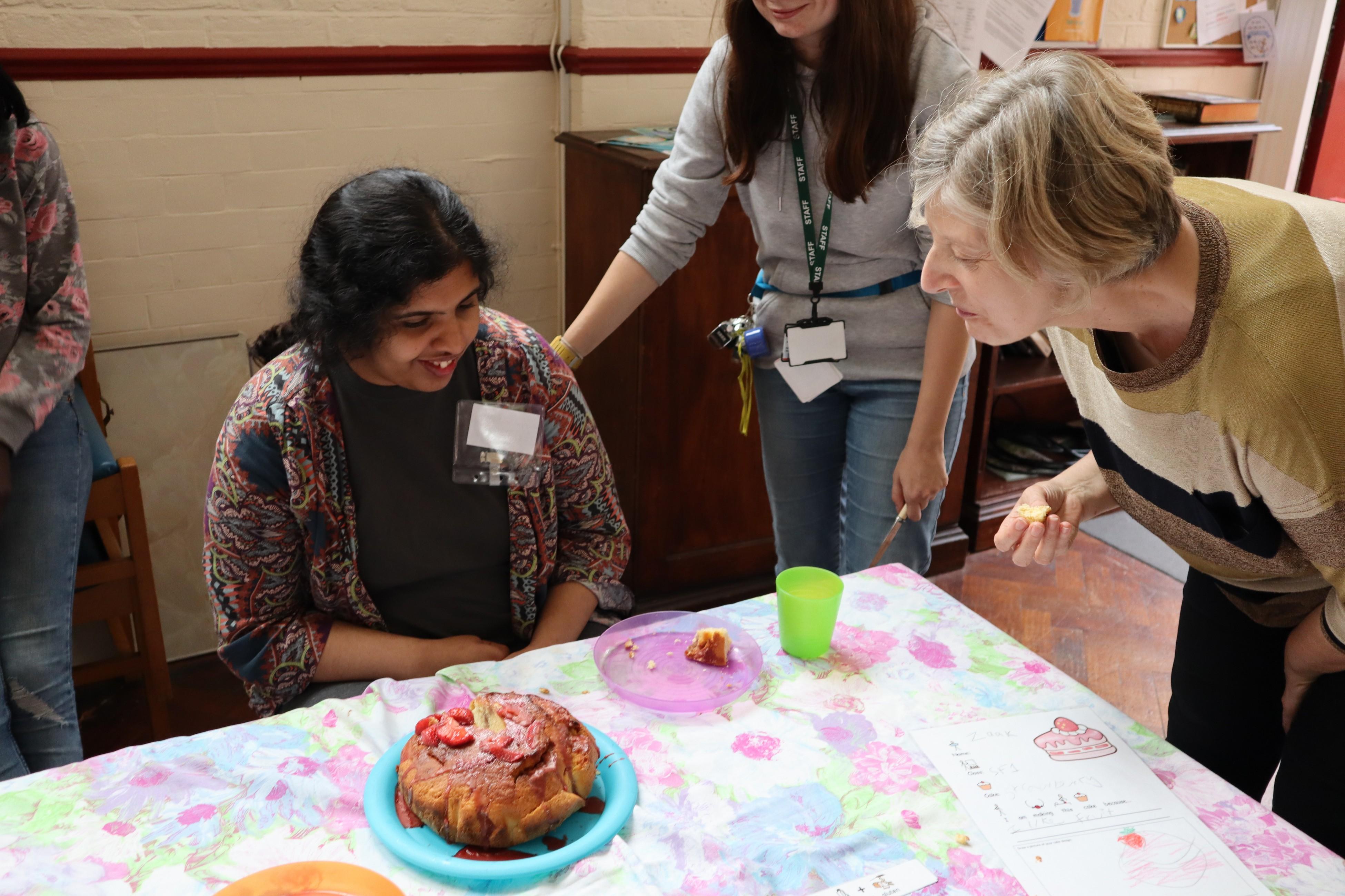 Judge trying cake